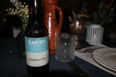 Goldtoast Pale made by Black Hops Brewery