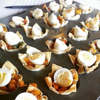 Capsicum and olive tartlets